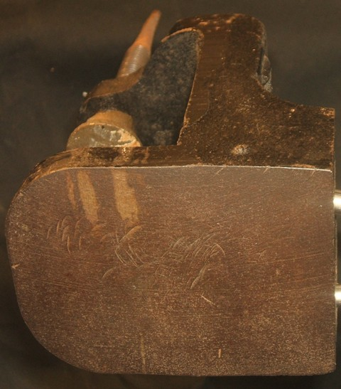 Dixon bench pin anvil surface